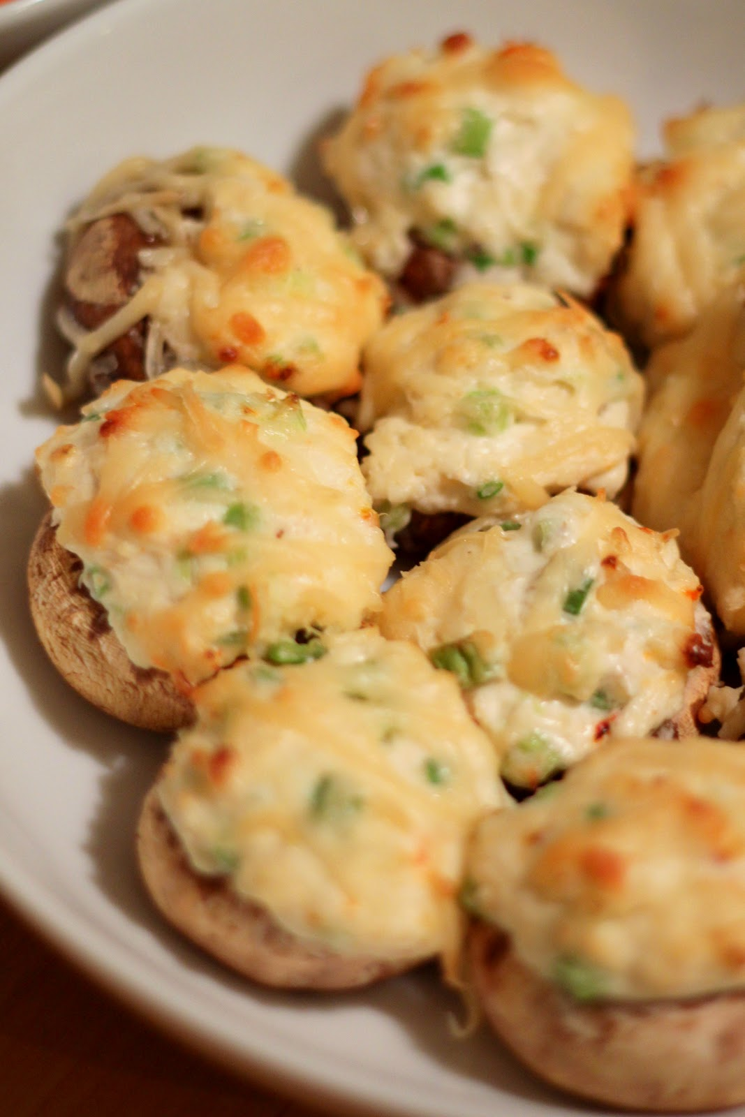 Cream Cheese Crab Stuffed Mushrooms recipe - from the Jenny's Cookbook ...