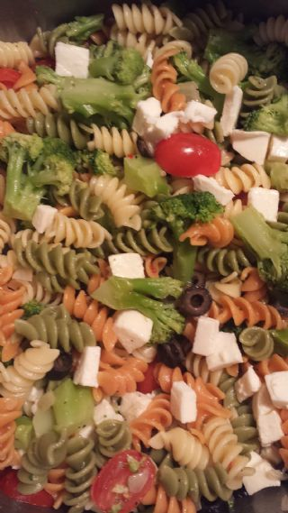 SIMPLE AND DELICIOUS PASTA SALAD image