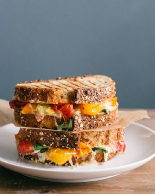 Grilled cheese with Tomato and Basil image
