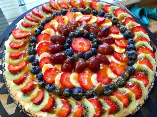 Fruit Pizza image