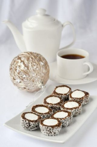 Bird's Nest Cookies image