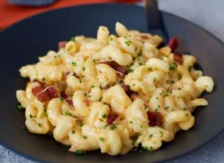 One Pot Bacon Mac 'n Cheese image