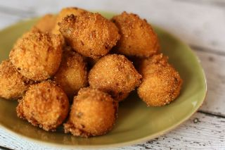 Hush Puppies image