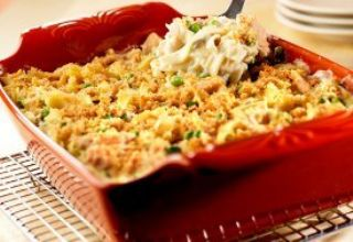 Crowd-Pleasing Tuna Noodle Casserole image