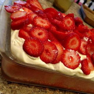 Strawberry Jello Cake image