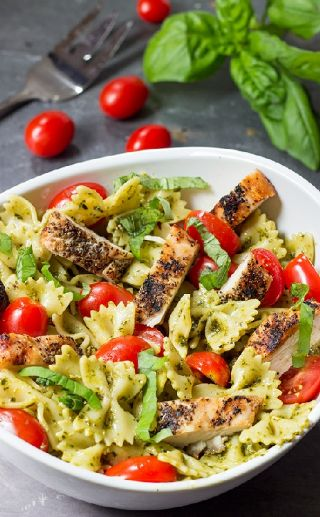 Chicken Pesto salad image